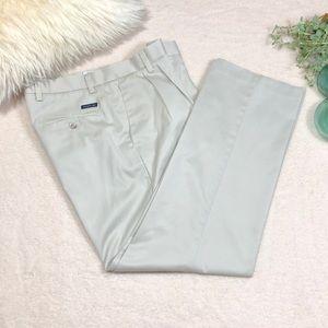 Dockers Classic Fit Mens khakis Pants 34x32
